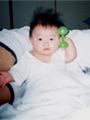 生後5ヶ月の女の赤ちゃんの写真