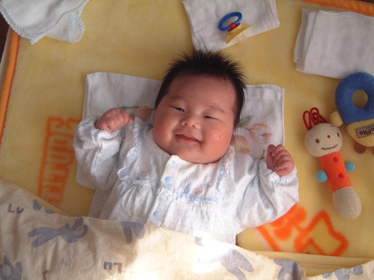 男の赤ちゃん 生後1ヵ月