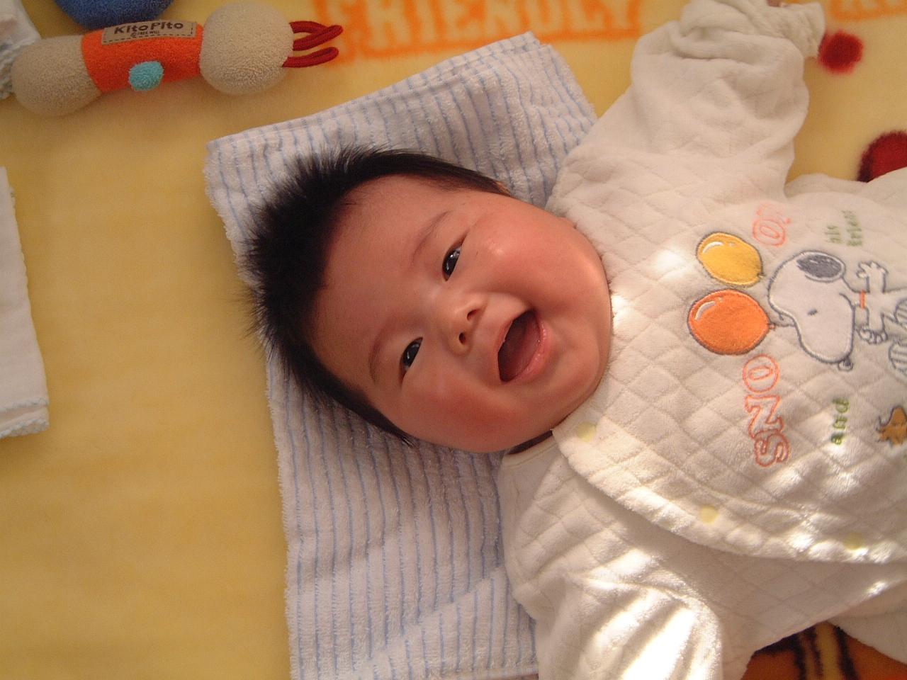 男の赤ちゃん 生後2ヵ月