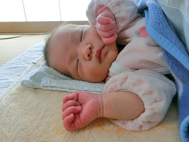 新生児 昼寝