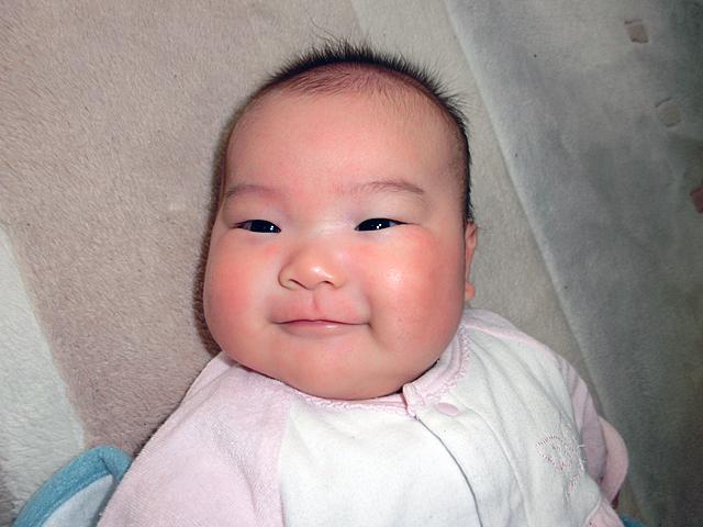 生後2ヵ月 生理的微笑