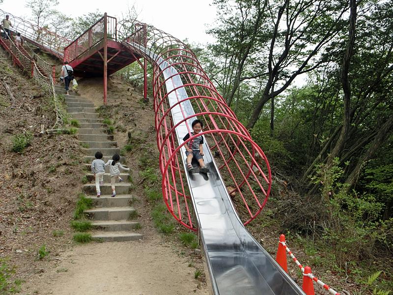 希望が丘文化公園 ロング滑り台