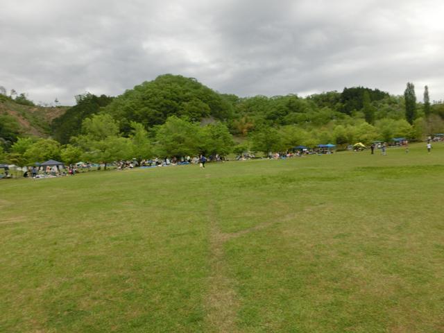 日吉ダム 芝生広場