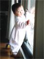 生後10ヶ月の女の赤ちゃんの写真