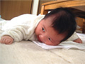 生後2ヶ月の男の赤ちゃんの写真