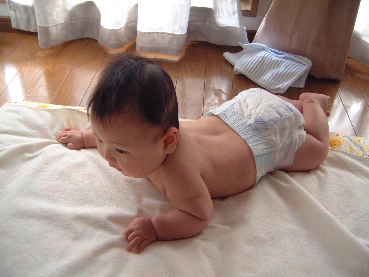男の赤ちゃん 生後5ヵ月