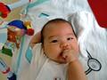 生後3ヶ月 育児 成長記録 指吸い