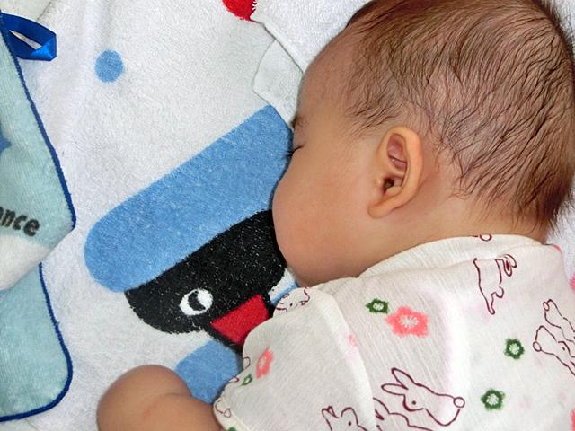 生後5ヵ月 ほっぺ クレヨンしんちゃん 横顔