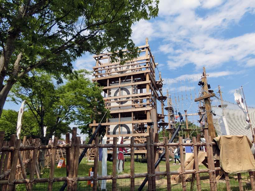 ニジゲンノモリ:クレヨンしんちゃんアドベンチャーパーク 戦国砦アスレチック