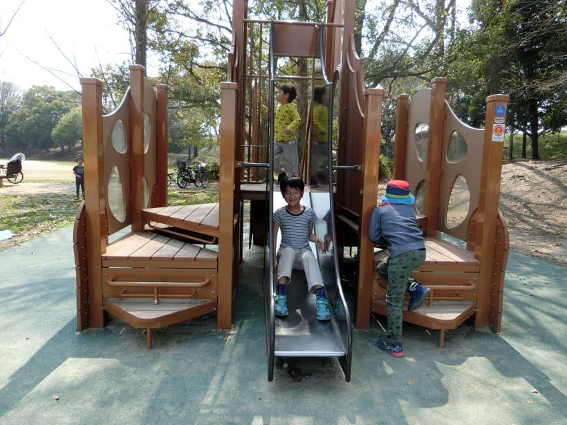 深北緑地公園 恐竜広場 幼児向け遊具