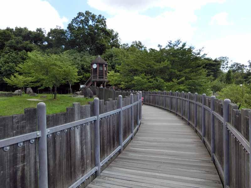 鴻ノ巣山公園(城陽市総合運動公園) バンクーバー砦