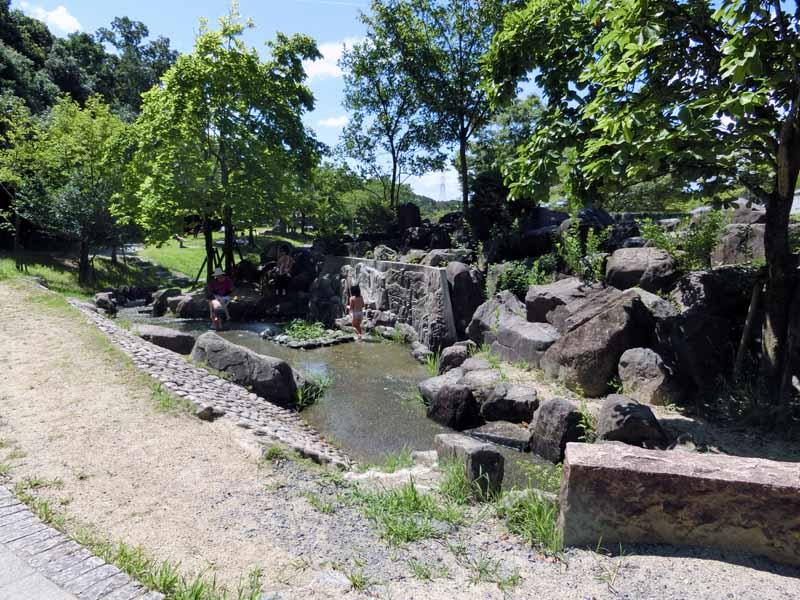こうのすやま公園(城陽市総合運動公園) 水遊び じゃぶじゃぶ池