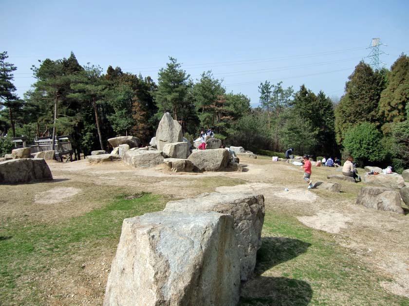 京都府立山城総合運動公園(太陽が丘) ストーンサークル