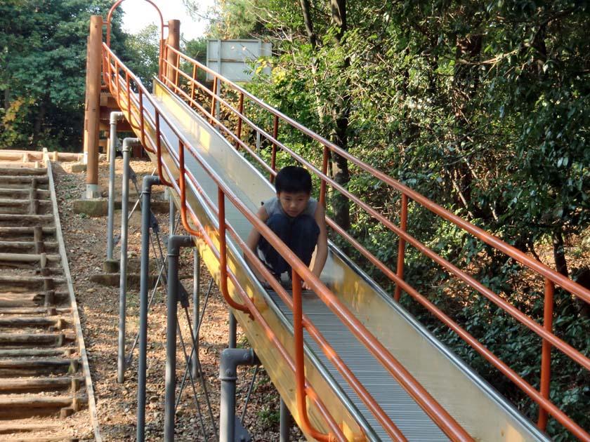 京都府立山城総合運動公園(太陽が丘) ジャンボすべり台 ローラー滑り台