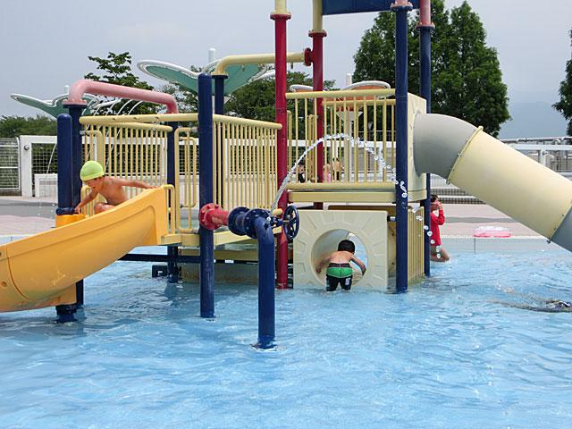 亀岡運動公園プール口コミ
