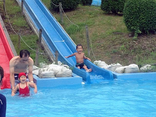 太陽が丘ファミリープール 幼児用スライダー 滑り台