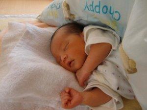 新生児期:よく泣く赤ちゃん