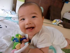 生後4ヶ月:寝返りができた!