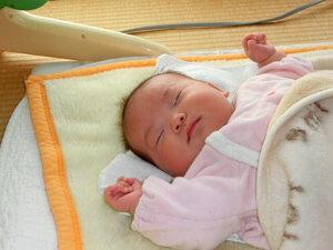 寝ない&湿疹真っ盛り(生後1ヵ月)